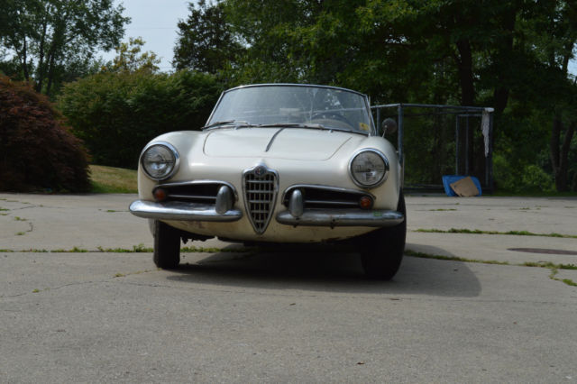 Alfa Romeo Giulietta Spider Normale For Sale Photos Technical - Alfa romeo giulietta 1960 for sale