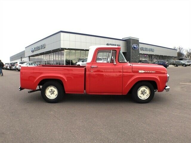 1960 Ford F-100 --