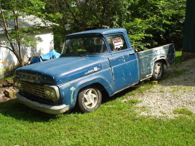1960 Ford F-100 Short wide bed