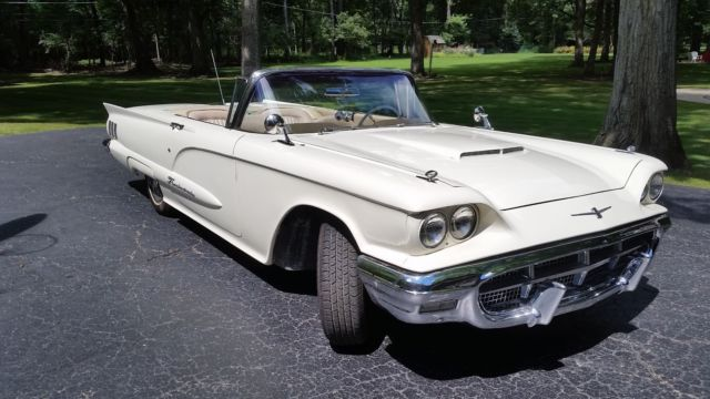 1960 Ford Thunderbird Convertible w/Power Retractable Soft