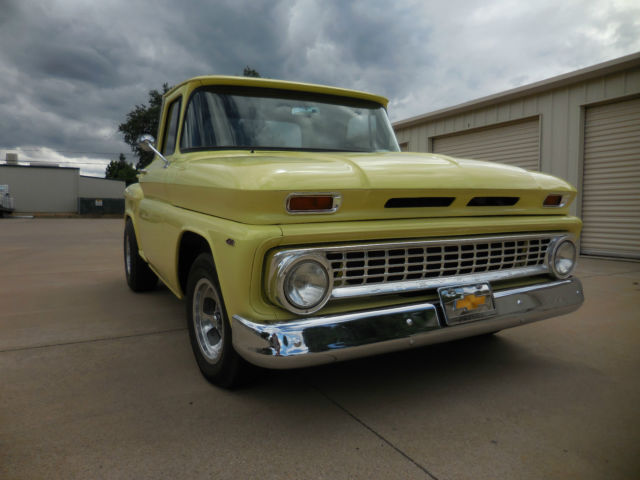 1960 GMC 1000 1/2 Ton Stepside Shortbed