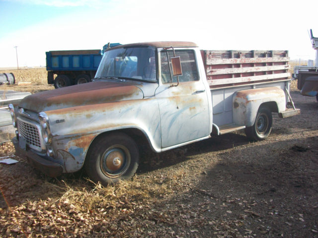 1960 International Harvester B 112