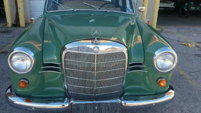 1960 Mercedes-Benz 190-Series 4 door