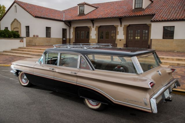 1960 Oldsmobile Dynamic 88, Fiesta wagon for sale: photos