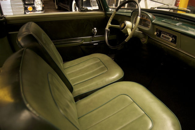 1960 Renault Caravelle Removable Tonneau Top Extremely