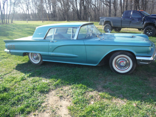 19600000 Ford Thunderbird