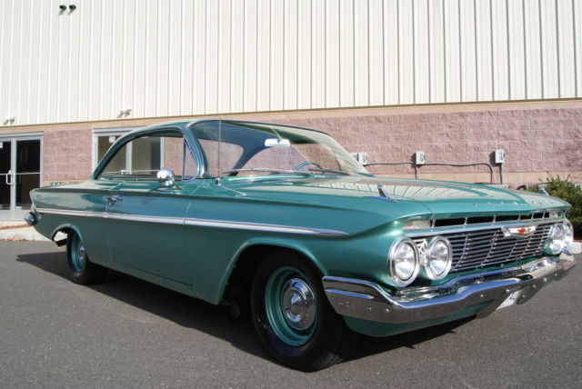 1961 Chevrolet Bel Air/150/210