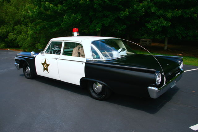 1961 Ford Galaxie Andy Griffith Show Replica Police Squad Car & 1961 Ford Galaxie Andy Griffith Show Replica Police Squad Car for ... markmcfarlin.com