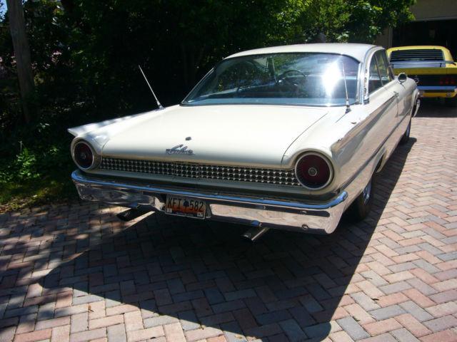 1961 Ford Galaxie Starliner Prevnext