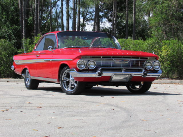1961 Chevrolet Impala RESTOMOD IMPALA SS PRO TOURING SHOW CAR BUBBLETOP