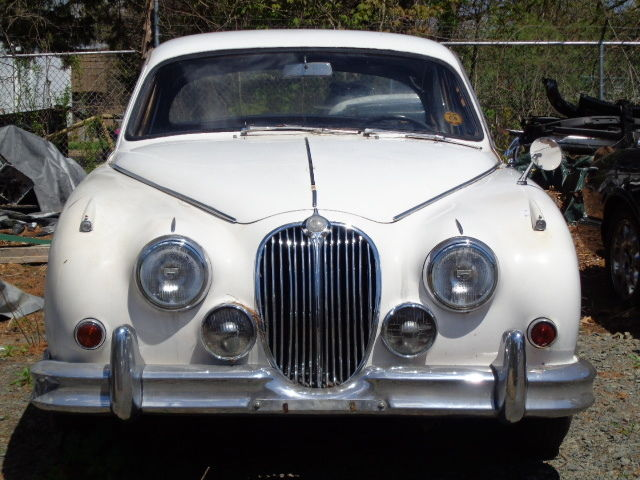 1961 Jaguar MRK II 4 SPEED MANUAL 3.8 ENGINE
