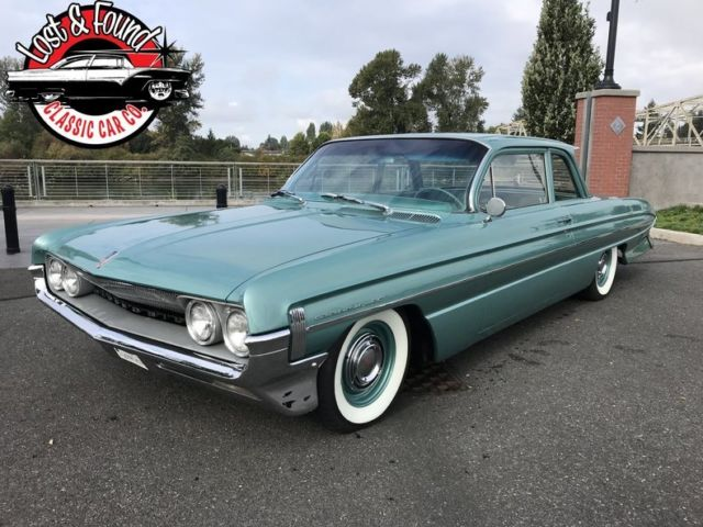 1961 Oldsmobile Dynamic 88 Flat top --