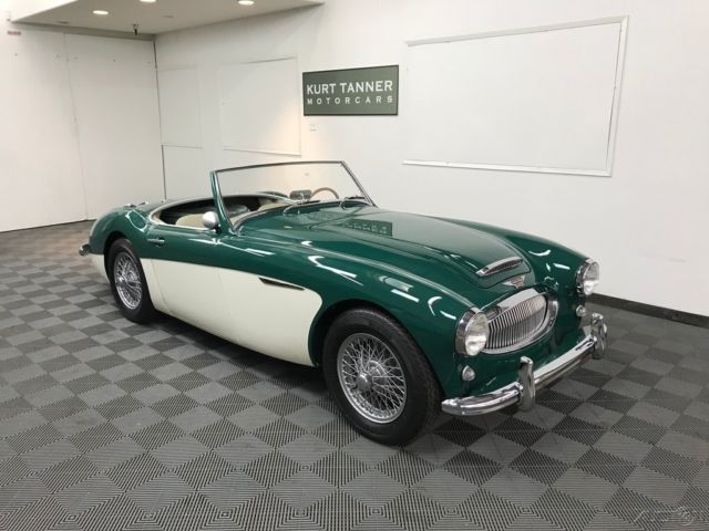 1962 Austin Healey 3000 3000 MK2 BN-7 TRI-CARB, TWO-SEATER, CENTERSHIFT.