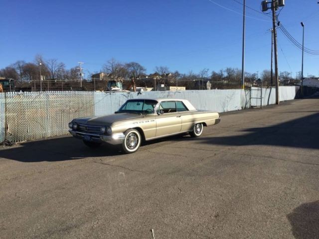 1962 Buick Electra leather tan