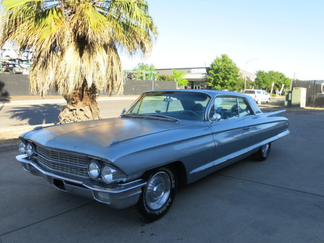 1962 Cadillac DeVille Coupe/Limited-Edition Classic