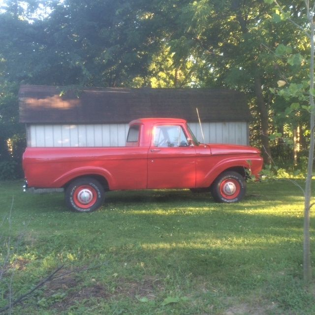 1962 Ford F-100 Unibody Short Bed