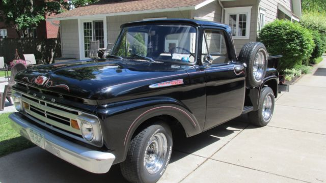 1962 Ford F-100 Step Side