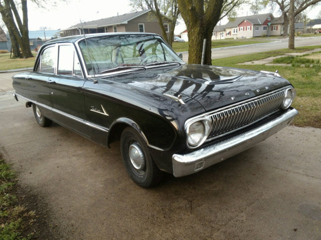 1962 Ford Falcon 4 door
