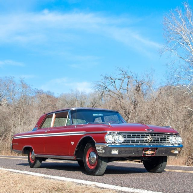 1962 Ford Galaxie 500 Q-code Two-door Club Sedan