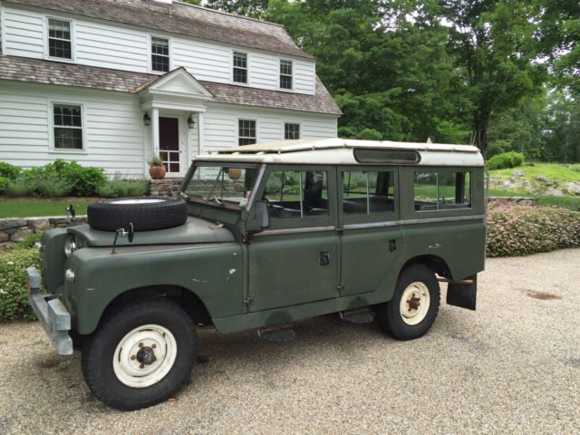 1962 Land Rover Series IIA Station Wagon