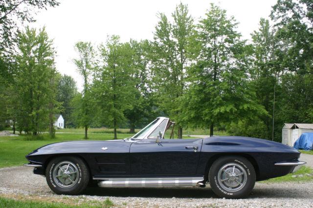 1963 Chevrolet Corvette convertible roadster