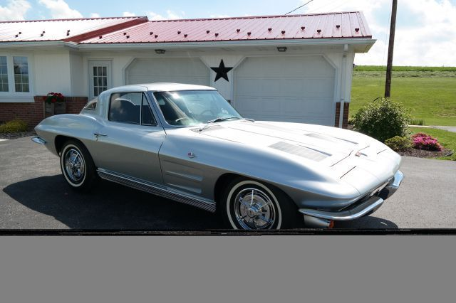1963 Chevrolet Corvette 4)NCRSTOPFLIGHTS*BLOOMINGTONGOLDCERTIFIED