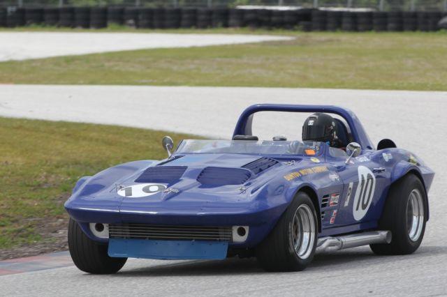 1963 corvette grandsport race car for sale photos technical specifications description. Black Bedroom Furniture Sets. Home Design Ideas