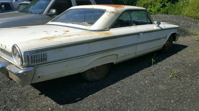 1963 Ford Galaxie 427 4 speed fastback 500 Q code Barn Find
