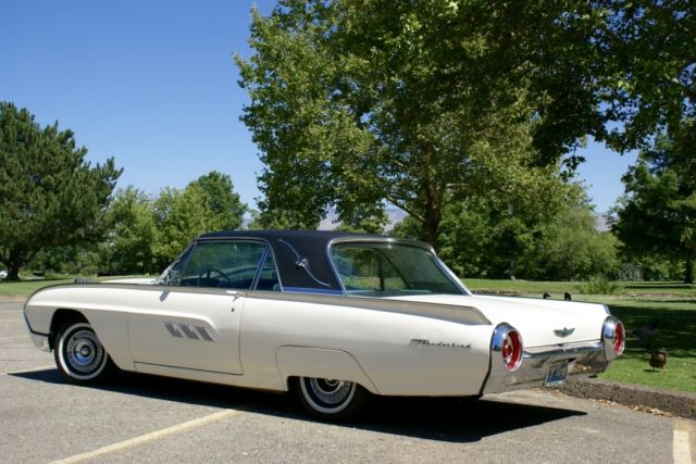 1963 Ford Thunderbird Landau Roof Edition