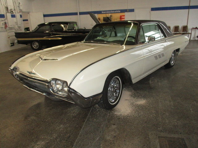 1963 Ford Thunderbird T-Bird Landau Coupe
