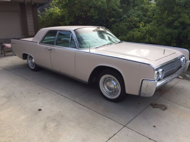 1963 Lincoln Continental Suicide 4-Door Sedan
