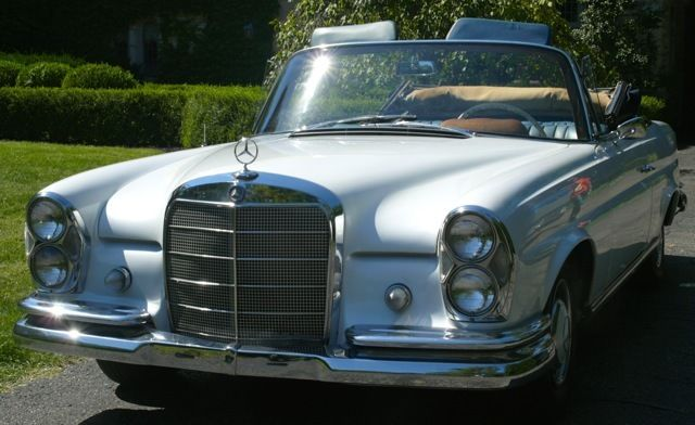 1963 Mercedes-Benz 200-Series