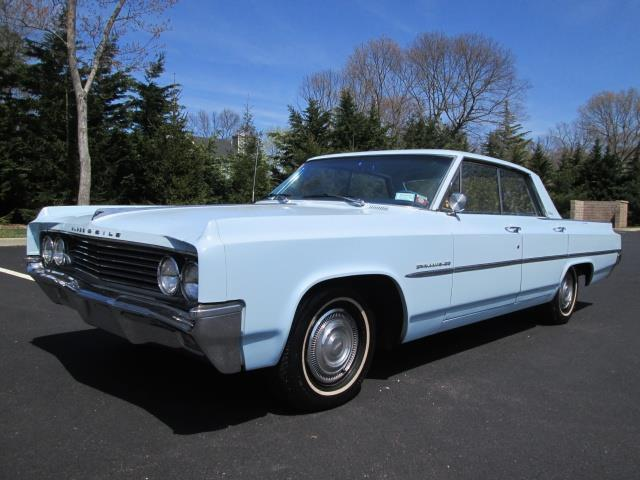 1963 Oldsmobile Eighty-Eight Dynamic Holiday
