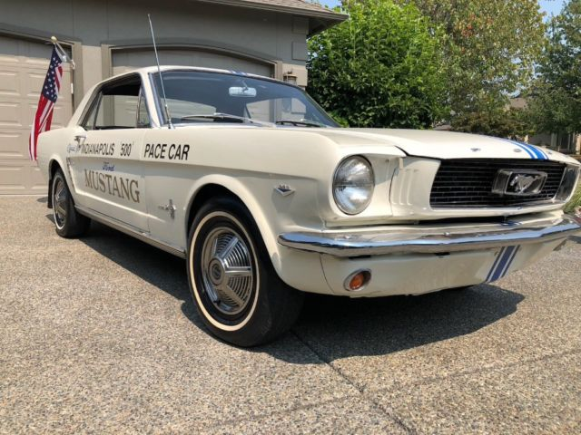 1964 1/2 Ford Mustang Pace Car Indy