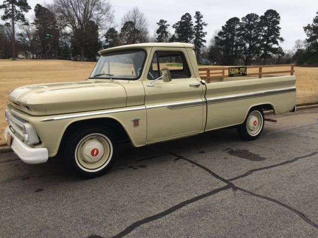 1964 Chevrolet C-10 Base (with deluxe side trim)