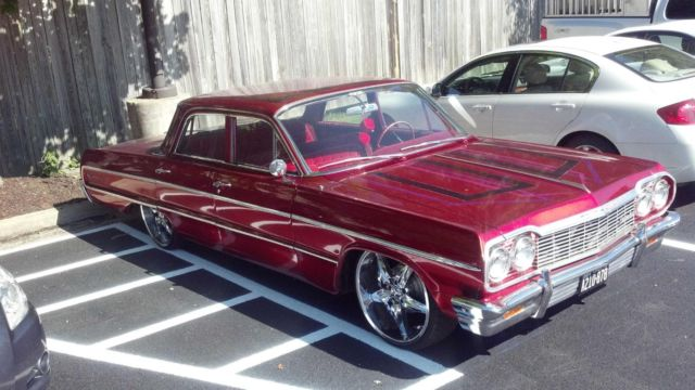 1964 Chevy Impala With Hyraulics And 22 Quot Rims 350 Motor
