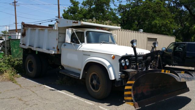 1964 Dodge Power Wagon D700