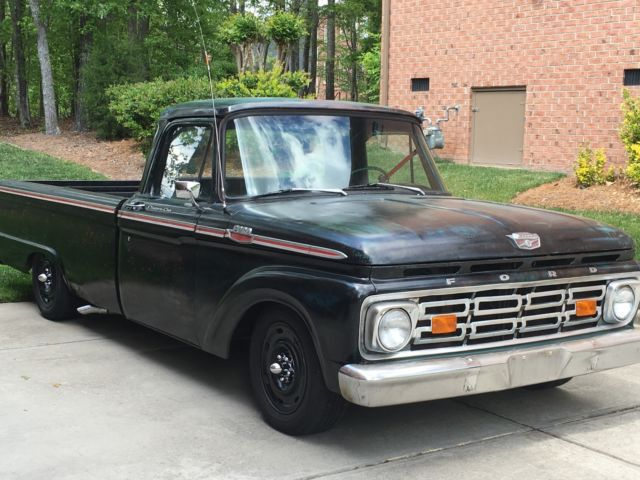 1964 Ford F-100 Crown Vic Suspension 302 SBF V8 T5 5-Speed Hot Rod