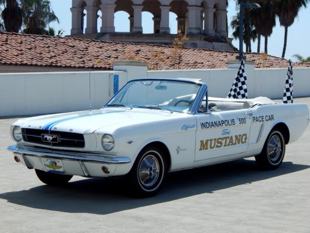 #pha.005029 Photo FORD MUSTANG COUPE INDY 500 PACE CAR 1964 Car Auto