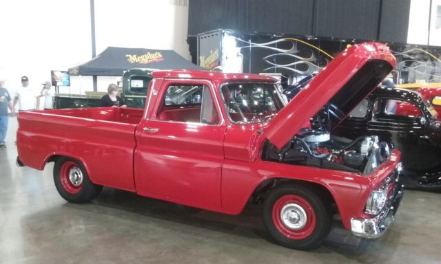 1964 GMC gmc shortbed fleetside c-10 custom cab with big block and M21 4speed