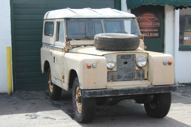 1964 Land Rover Series IIA, 88