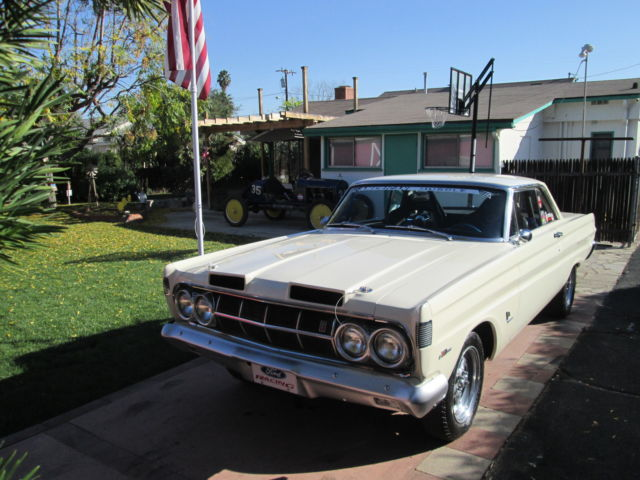 1964 Mercury Comet 2 door