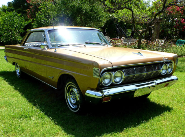 1964 Mercury Comet Cyclone - Special ordered paint and AC