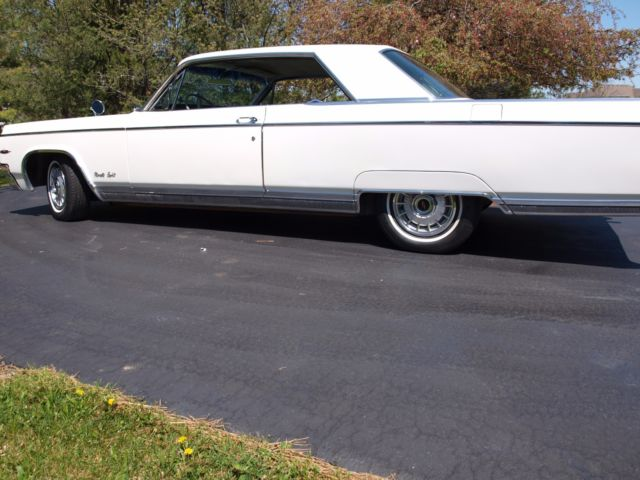 1964 Oldsmobile Ninety-Eight 98 HOLIDAY COUPE