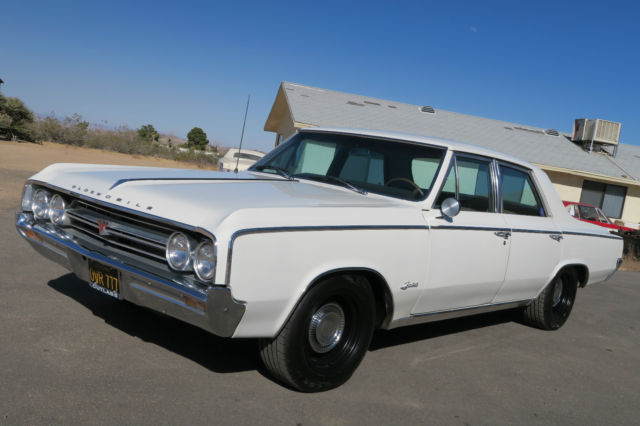 1964 Oldsmobile Cutlass F85 Deluxe Custom Resto Mod LS1
