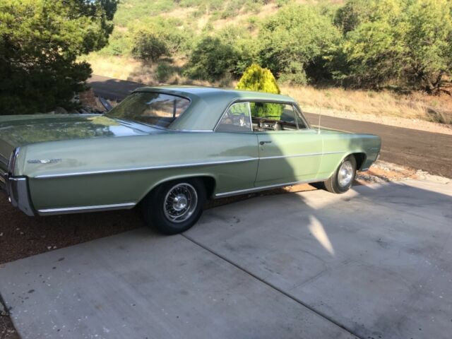 1964 Green Pontiac Catalina with Brown interior