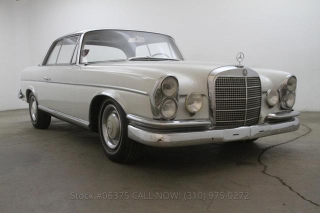 1964 Mercedes-Benz 300-Series Sunroof Coupe