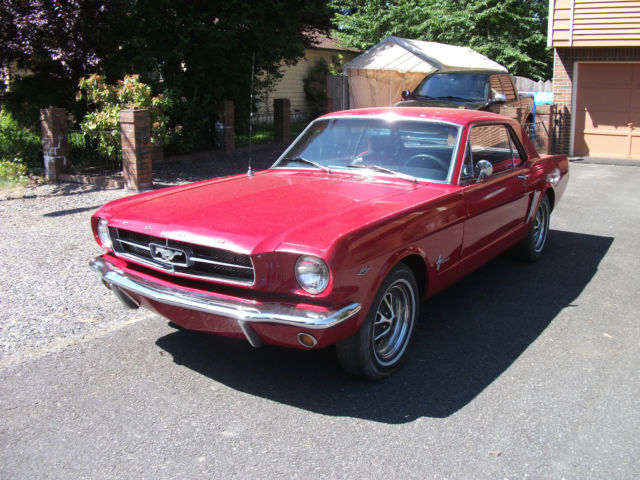 1965 Ford Mustang Coupe / Hard Top