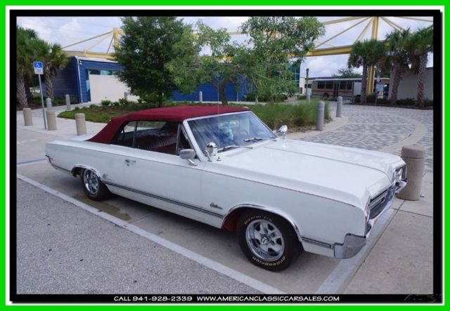 1965 Oldsmobile Cutlass 442 Trim