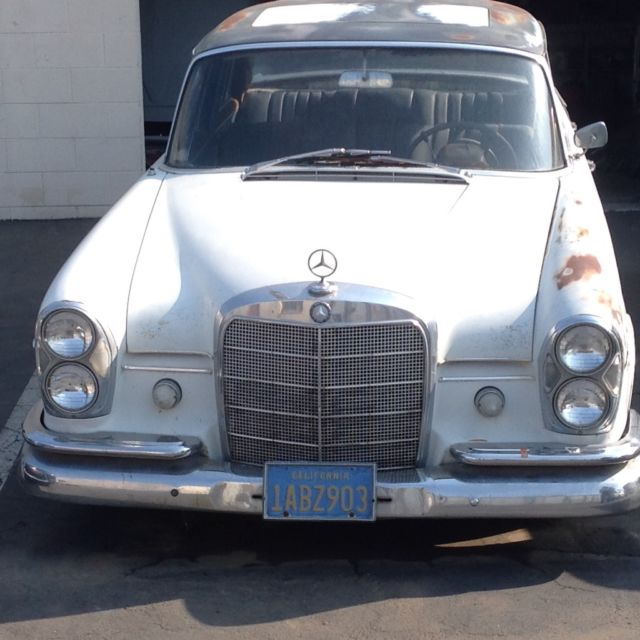 1965 Mercedes-Benz 300-Series